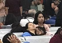 Hành khách vạ vật ở sân bay tiếp tục phản ứng Vietjet