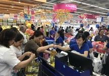 Co.opmart tăng giờ hoạt động phục vụ Tết 