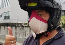 Không khí ô nhiễm, người Thái dùng 'khô mực' thay khẩu trang
