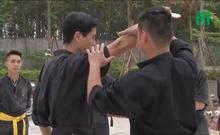 Bệnh viện thuê võ sư về dạy võ cho bác sĩ để phòng thân