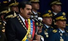 Binh sĩ bỏ chạy khi vụ nổ ám sát Tổng thống Venezuela diễn ra