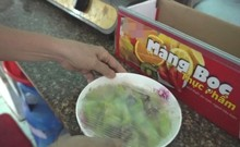 Mang bệnh vì sử dụng màng bọc thực phẩm sai cách