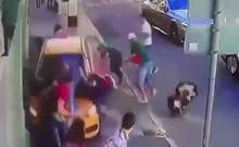 Clip kinh hoàng tài xế lao xe vào đám đông:Khủng bố World Cup?