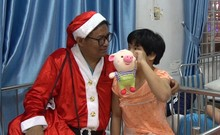 Bác sĩ Trương Thế Dũng: Làm thiện nguyện để trả ơn đời