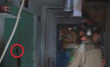 Bắt người mua ma túy qua ô cửa ở phố Bùi Viện