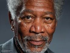 Chân dung Morgan Freeman như thật được vẽ bằng iPad