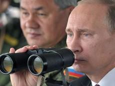 Putin thị sát tập trận ở biên giới Ukraine