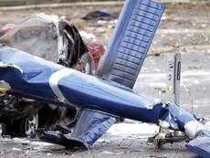 Clip trực thăng rơi làm hai người chết