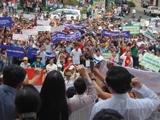 Clip sinh viên, trí thức xuống đường phản đối Trung Quốc