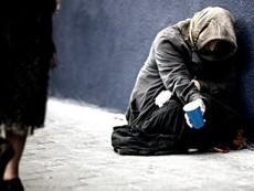 Người vô gia cư sẽ làm gì khi bạn cho họ 100 đô la?