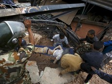 Chùm ảnh: Hậu quả 'cơn ác mộng' động đất tại Nepal