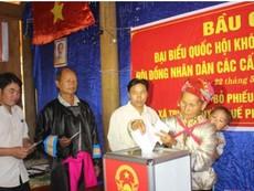 Clip Bầu cử sớm ở biên giới Nghệ An