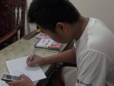 Clip: Học sinh khối 9 tất bật ôn thi vào lớp 10