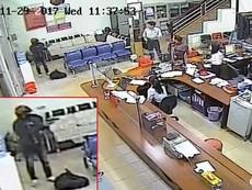 Clip kẻ cướp cầm súng cướp ngân hàng ở Đắk Lắk