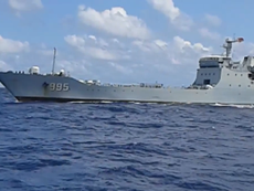 Clip tàu chiến Trung Quốc đe dọa tàu Việt Nam