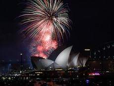 Clip màn bắn pháo hoa đón giao thừa sớm tại cảng Sydney