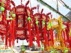 Người Hoa ở TP.HCM rộn ràng đón Tết nguyên tiêu