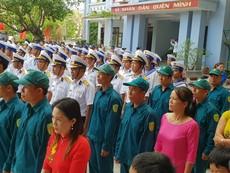 Buổi chào cờ tại đảo Sinh Tồn thuộc quần đảo Trường Sa