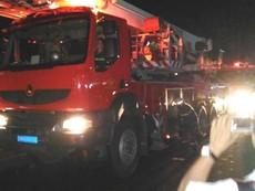 Clip: Xe PCCC TP.HCM đến hiện trường vụ cháy ở Cần Thơ