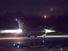 Máy bay Pháp xuất kích trong đêm không kích Syria
