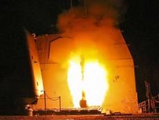 Cận cảnh tên lửa Mỹ từ tàu ngầm và tàu khu trục bắn vào Syria