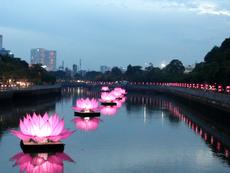 Kênh Nhiêu Lộc-Thị Nghè đẹp lung linh trong mùa Phật đản