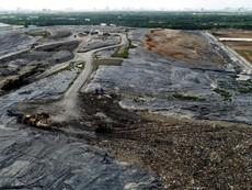 Toàn cảnh 'núi' rác khổng lồ Đa Phước phình to sau 2 năm