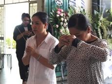 Nhiều nghệ sĩ khóc thương tiễn biệt NSƯT Thanh Hoàng