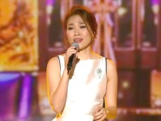 Mỹ Tâm hát 'Người hãy quên em đi' tiếng Hàn trên đài MBC