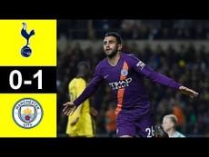 Mahrez giúp Man. City vượt mặt Liverpool