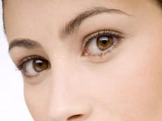 Dấu hiệu bất thường ở mắt cảnh báo cơ thể có vấn đề