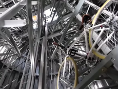 Choáng trước bãi đỗ xe đạp siêu hiện đại ở Nhật Bản