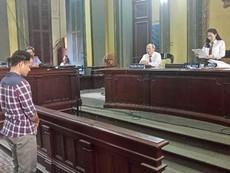 Clip: HĐXX tuyên án vụ chai nước có ruồi giá 500 triệu đồng