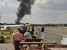 Khoảnh khắc kinh hoàng khi máy bay chở gia đình Bin Laden rơi