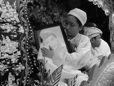 Gia đình và bạn bè khóc thương đưa tiễn NS Thanh Sang