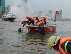 Clip: Cảnh sát PCCC diễn tập cứu hộ 2 tàu va chạm