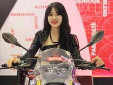 Ngắm dàn người đẹp nóng bỏng ở Motorcycle Show 2017