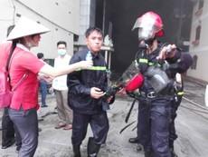 Cận cảnh vụ cháy tại Khu công nghiệp Trà Nóc