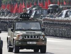 Ông Tập Cận Bình giám sát cuộc diễu binh ở Hong Kong