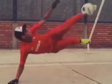 Clip thủ môn chụp bóng bá đạo nhất thế giới