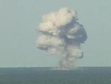 Siêu bom 10 tấn của Mỹ tiêu diệt 36 tay súng IS