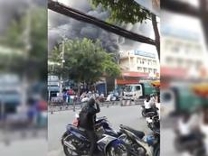 Cháy dữ dội cây xăng, hơn 30 xe máy bị thiêu rụi