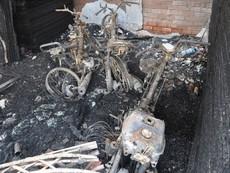 Vụ cháy trại hòm: 4 nạn nhân ôm nhau nằm cùng một chỗ