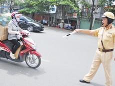 """Phí đường bộ xe máy: Chưa thu đã thấy """"ngán"""""""