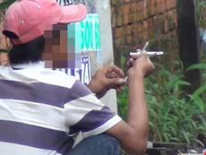 Clip: Công khai hút, chích ma túy giữa Sài Gòn