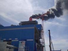 Clip: Cháy lớn tại Nhà máy Nhiệt điện Vĩnh Tân