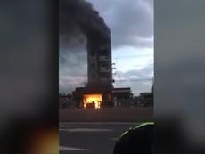 Clip: Cháy khách sạn ở Bình Thuận, du khách nhảy lầu
