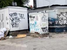 TP.HCM: Tủ điện bị vẽ bẩn khắp các tuyến đường