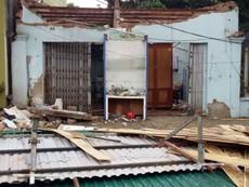 Cảnh tượng ngổn ngang sau khi bão đổ bộ vào Nghệ An