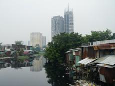 Hàng ngàn hộ dân ven rạch Xuyên Tâm khốn khổ vì ô nhiễm